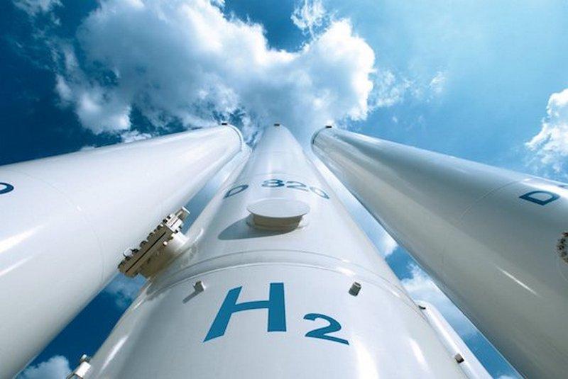 Di Maio apre all'idrogeno e organizza i primi appuntamenti ai Ministeri