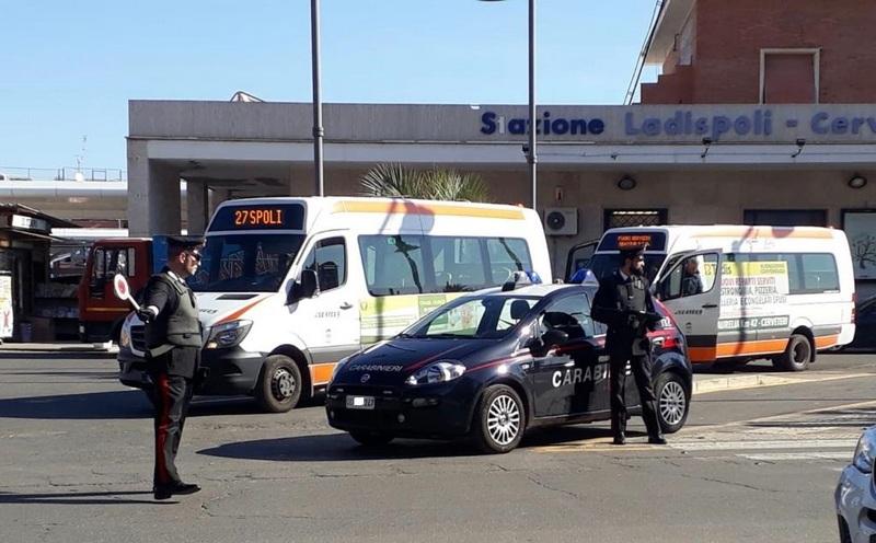 Ladispoli, i Carabinieri arrestano due persone sorprese a rubare