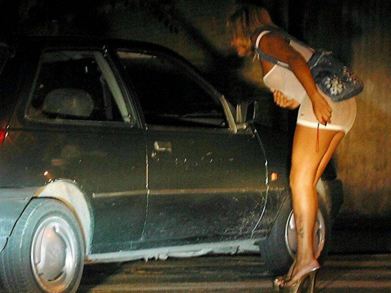 Movida e prostituzione, controlli di Commissariato e Polizia Locale