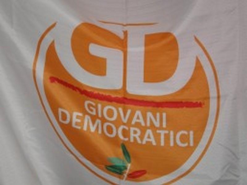 L'ordinanza anti-movida bocciata dai Giovani Democratici
