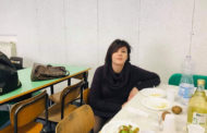 Lecis a pranzo con gli studenti della Galice per testare la qualità del servizio mensa