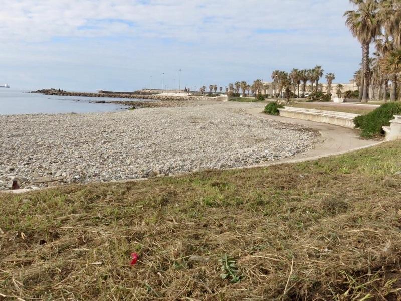 Ombre sul bando per la gestione delle spiagge libere