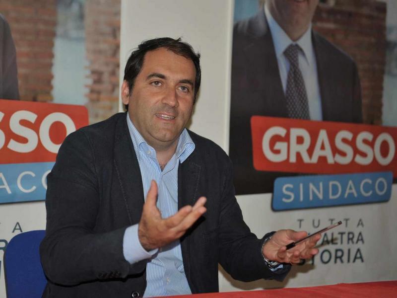 """Grasso (Ls): """"Enel decide per il Comune e Cozzolino nemmeno se ne accorge"""""""