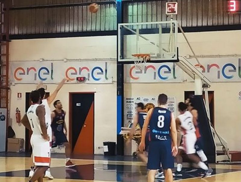 Basket, la ripresa può attendere